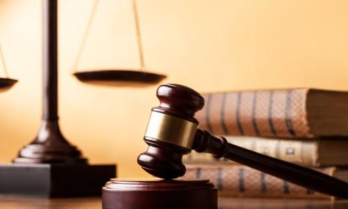 business-litigation-lawyer-irvine